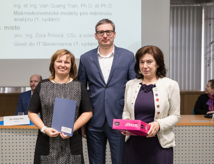 Educators From FIR Won the Oeconomica Awards for Authors of the Most Successful Publications